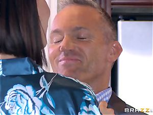 hotwife wife Peta Jensen cootchie thrashed by Bill Bailey