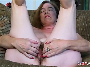 USAwives unshaved grandmother Pusssy fucked With sex fucktoy