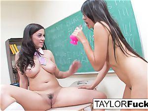 ultra-kinky college ladies lesbo lust