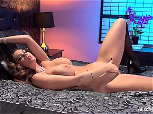 Alison Tyler posing nude in couch