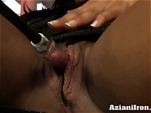 mummy strenuous girl Amber pumps her phat pleasure button