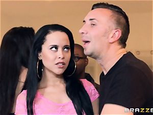 Zoey Portland gets this immense penis doing soiree tricks