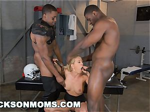 Cherie Deville castings to be the team whore (xa15243)