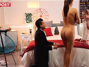 LETSDOEIT crazy Artist boinks steaming Spanish couple