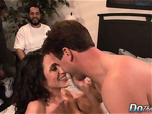 hotwife wifey Ariella Ferrara ravage boy