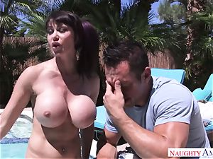 gigantic stud Johnny Castle bangs his busty neighbor in the backyard