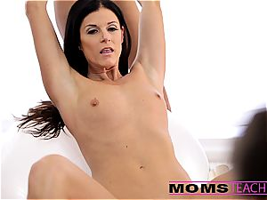 cum-exchanging with Janice and mummy India
