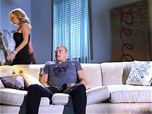 cougar Parker Swayze steals her daughters boyfriend