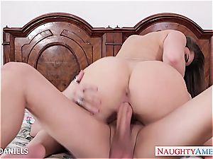 Dani Daniels takes his super-steamy flow in her all innate vagina