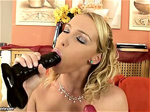 Kathia Nobili gobble one fuck stick and shag by another one