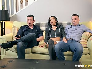 Janice Griffith humped in her bung