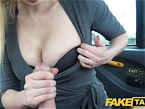 faux taxi chesty blonde cougar Amber Jayne bj's and bangs