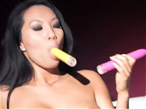 Asa Akira steaming 2 fucktoy double penetration