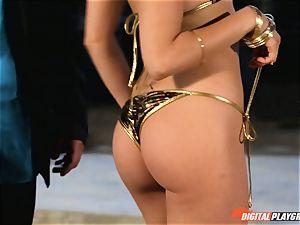 Smoking super-fucking-hot Riley Reid crammed up with Toni Ribas
