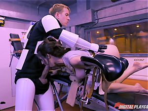 Stella Cox cunny bashed by a space agent