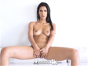 EXOTIC4K Indian lady spreads humid vulva for big meatpipe
